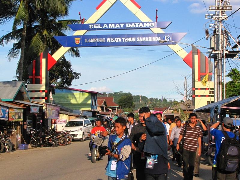 Berwisata Kampung Tenun Samarinda Laporan Buku Mengupas Lebih Rinci Salah
