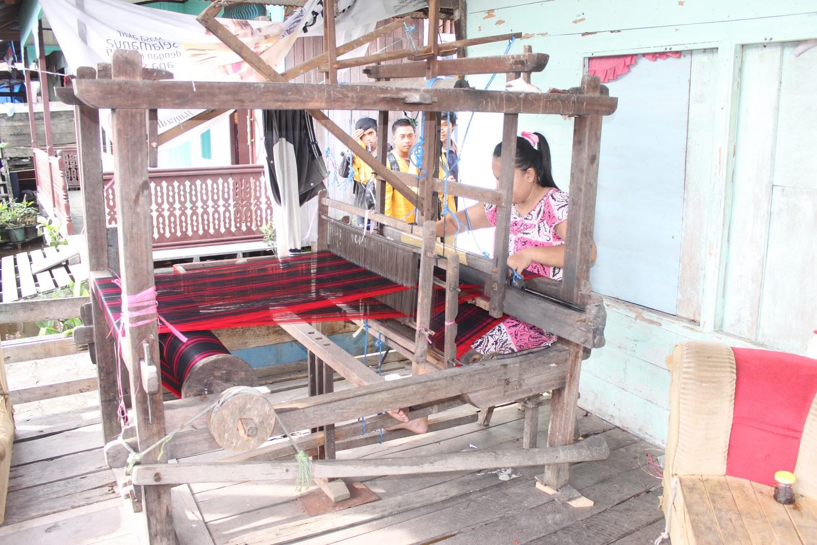 Catatan Kecil Gak Seberapa Wisata Kampung Tenun Foto Proses Pembuatan