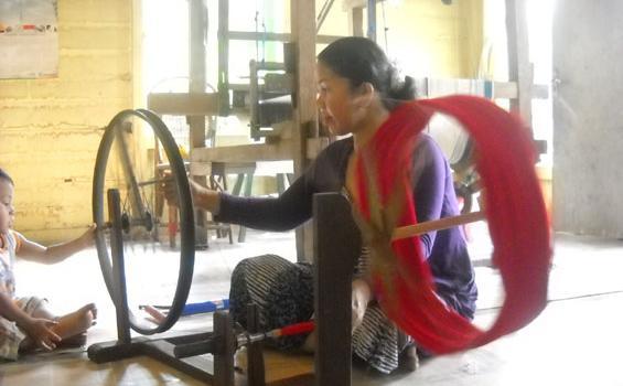 Kampung Tenun Samarinda Bakal Jadi Daerah Tujuan Wisata Tribunnews Kota