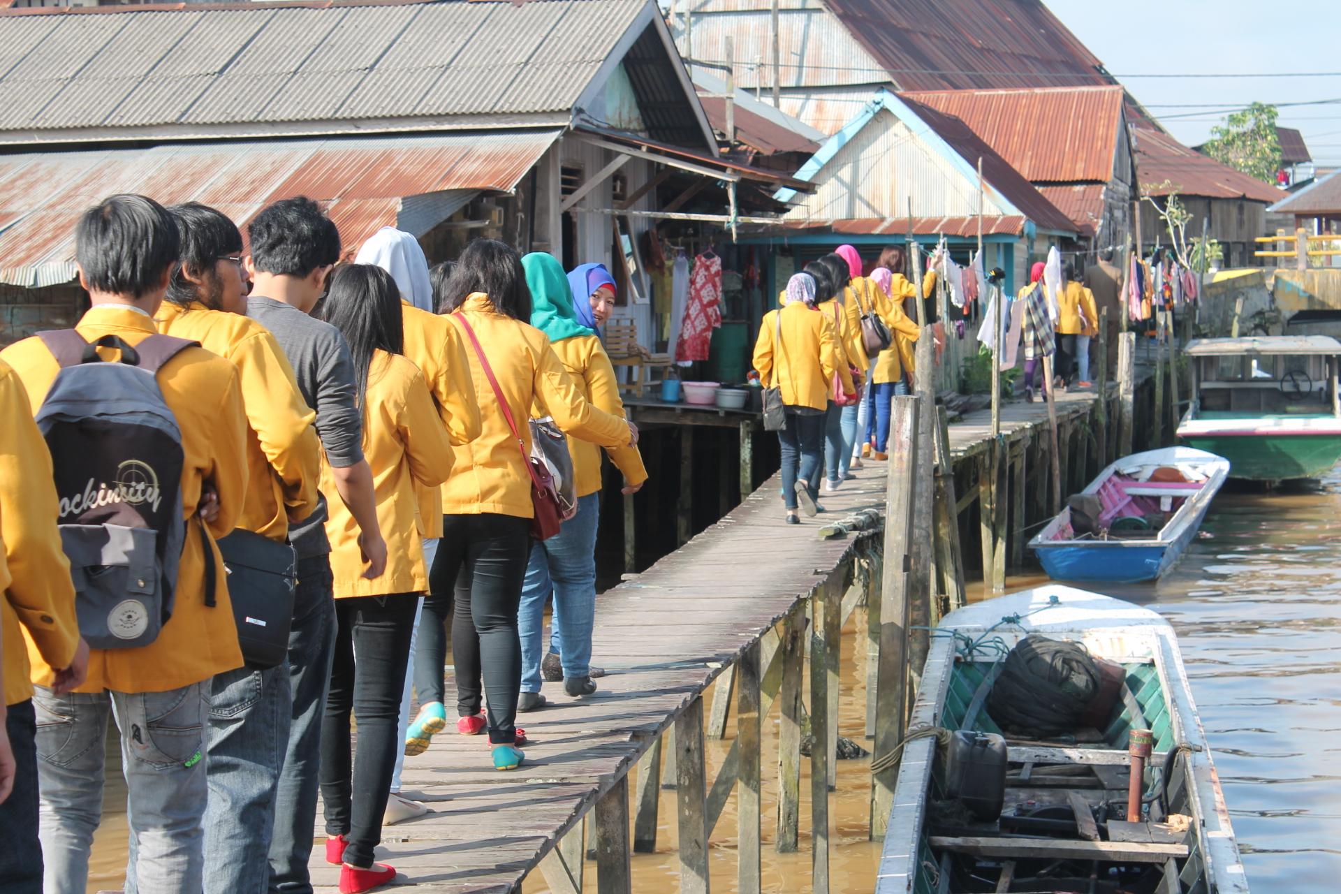Kampung Tenun Samarinda Seberang Ibrahim Nim 1002055100 Gambar Kota
