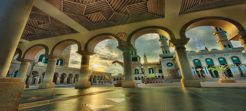 Islamic Center Kaltim Selasar Mesjid Masjid Baitul Muttaqien Kota Samarinda