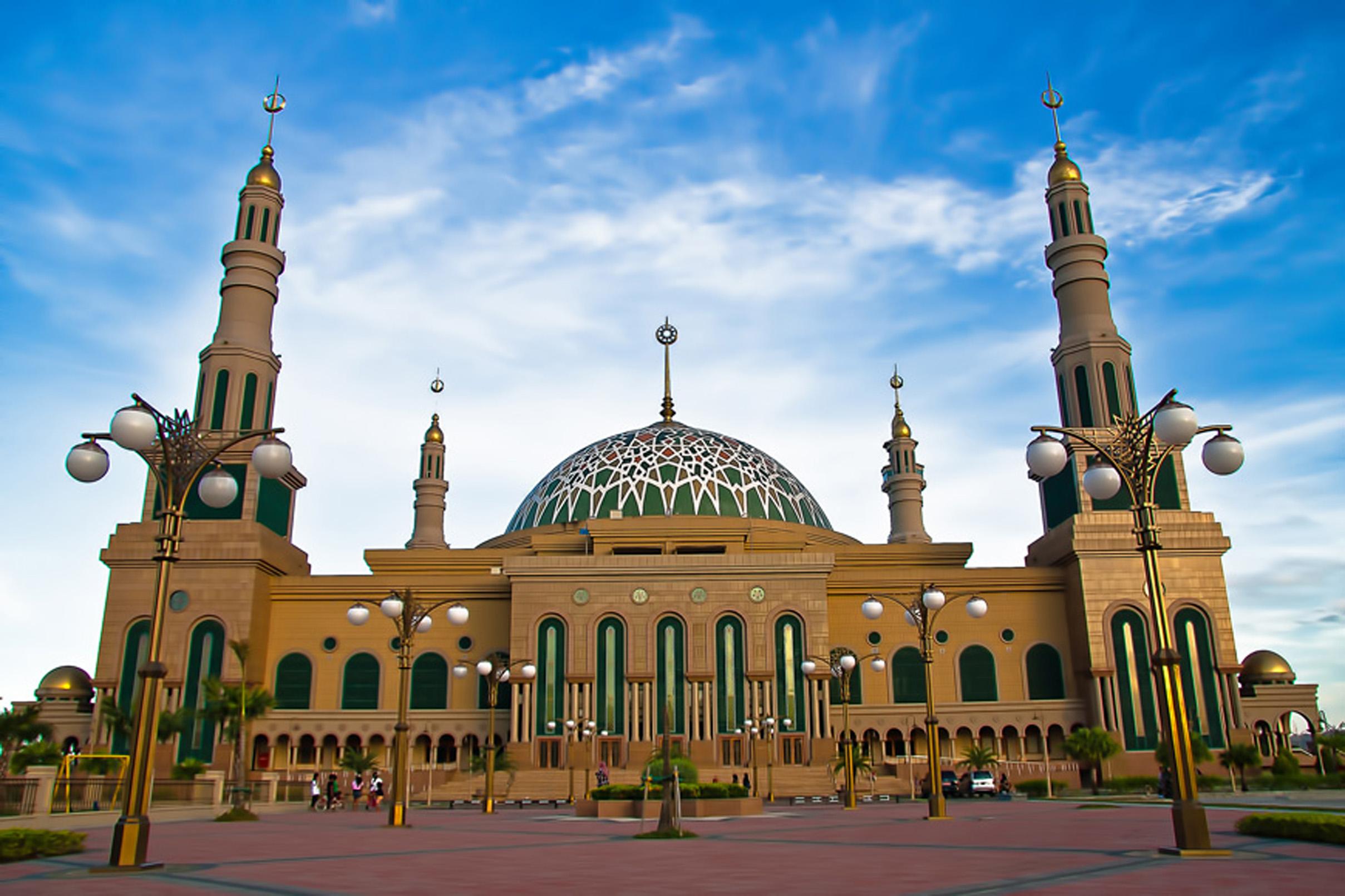 Islamic Center Samarinda Masjid Baitul Muttaqien Kota