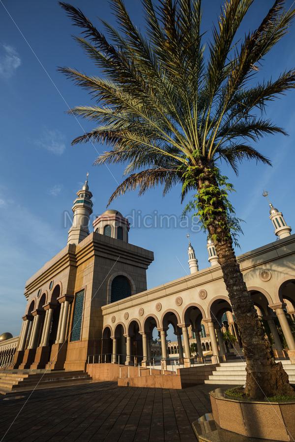 Islamic Centre Samarinda Beautiful Architecture Stock Photo Nomadicimagery Photography Masjid