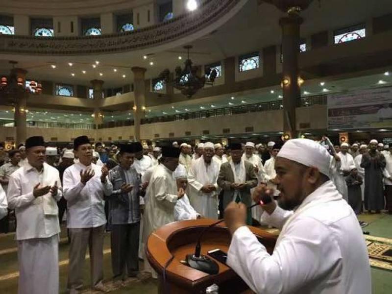 Launching Gerakan Shalat Subuh Berjamaah Masjid Baitul Muttaqien Islamic Center