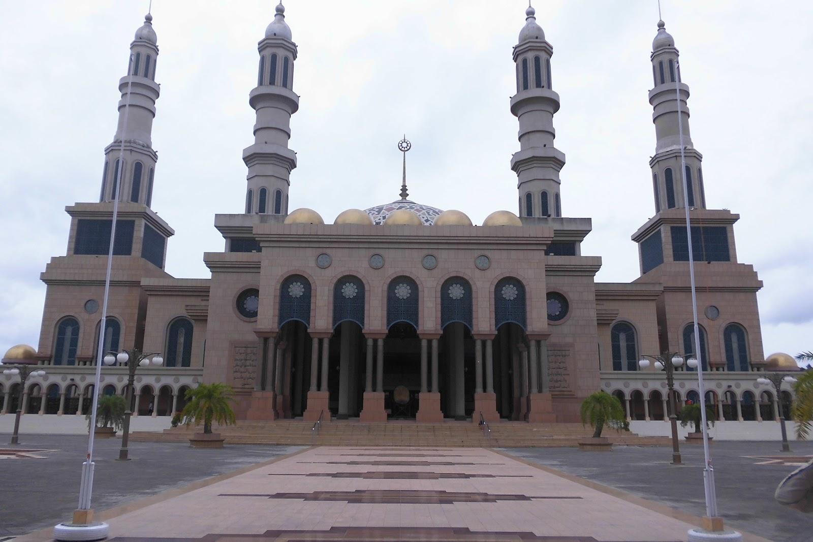 Masjid Baitul Muttaqien Islamic Centre Samarinda Kota