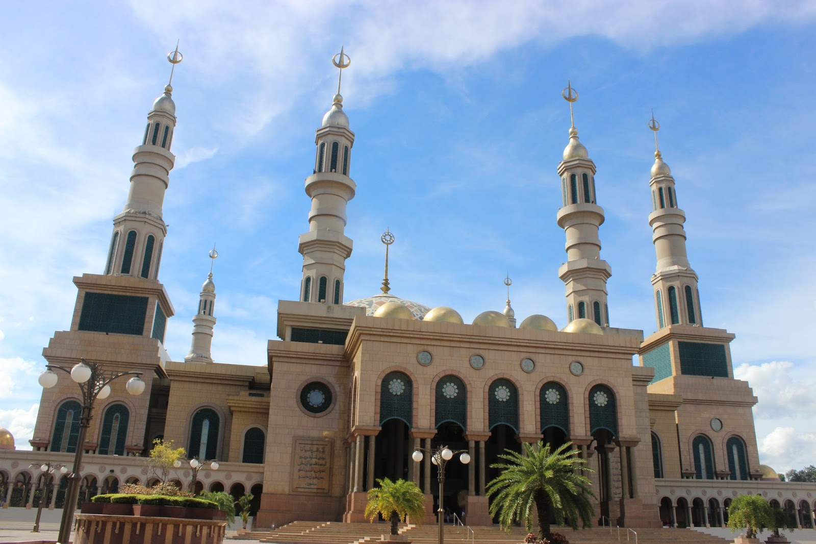 Masjid Baitul Muttaqien Terbesar Ketiga Se Asean Kebanggan Kaltim Kota