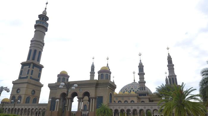 Masjid Termegah Kaltim 9 Tak Bernama Melewati 3 Presiden Baitul