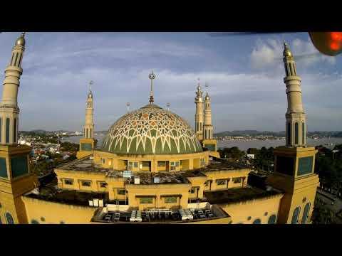 Melihat Masjid Baitul Muttaqien Islamic Center Mengunakan Drone Kota Samarinda
