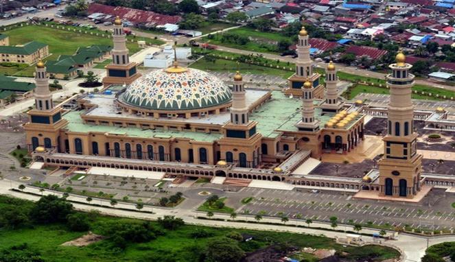 Menilik Indahnya Islamic Center Samarinda Ikonik Tepian Blog Masjid Baitul