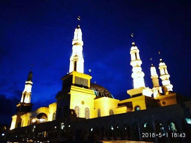 Posts Tagged Islamiccentersamarinda Picbear Masjid Baitul Muttaqien Islamic Center Samarinda
