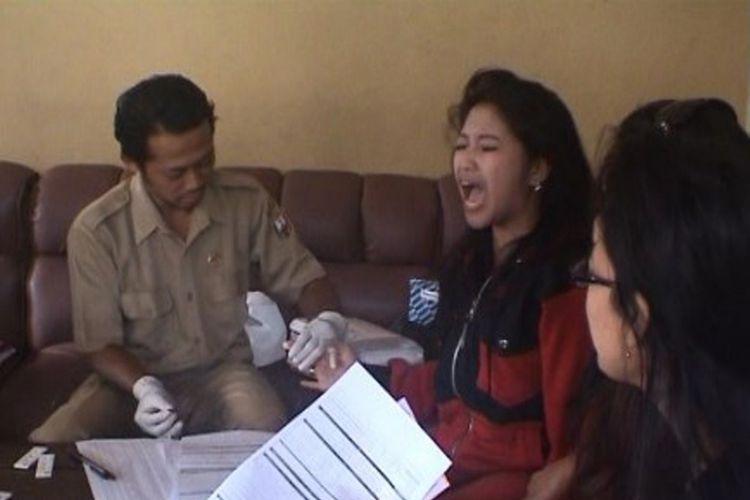 Nyanyian Sunyi Pesut Mahakam Kompas Puluhan Tempat Karaoke Bandungan Sukarela