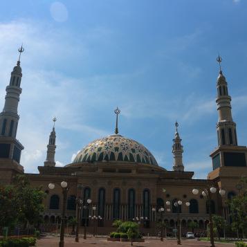 Samarinda Love Travel Jalan2 Img 1145 Patung Pesut Tepian Kota