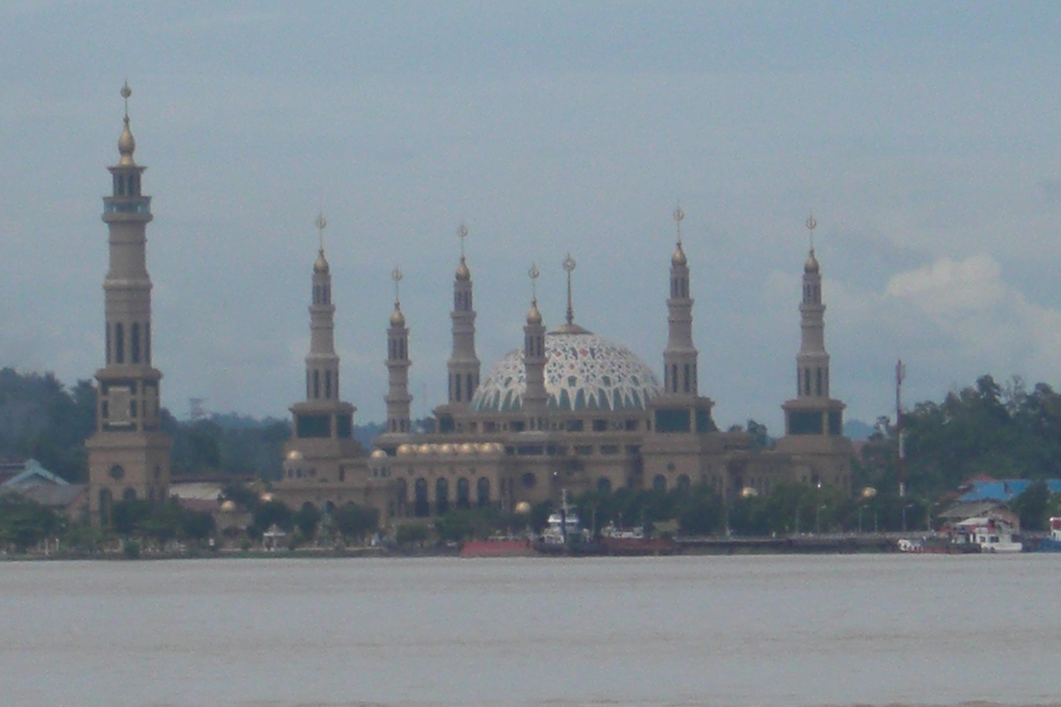 Tepian Mahakam Advanture Blog Samarinda Islamic Centre Taman Patung Pesut