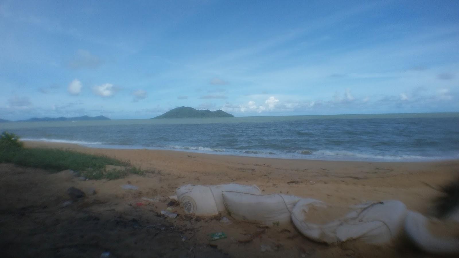 Indahnya Pantai Kura Sungai Raya Kepulauan Bengkayang Tanjung Batu Belat