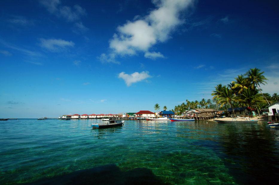 Inilah 10 Tempat Wisata Favorit Kalimantan Page 4 Pantai Kura
