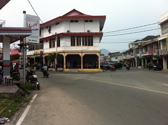 Kota Singkawang Picture West Kalimantan Tripadvisor Pantai Kura