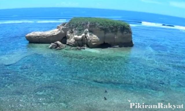 Kunjungan Wilayah Perbatasan Naik 3 6 Wisatawan Mancanegara Pantai Kura
