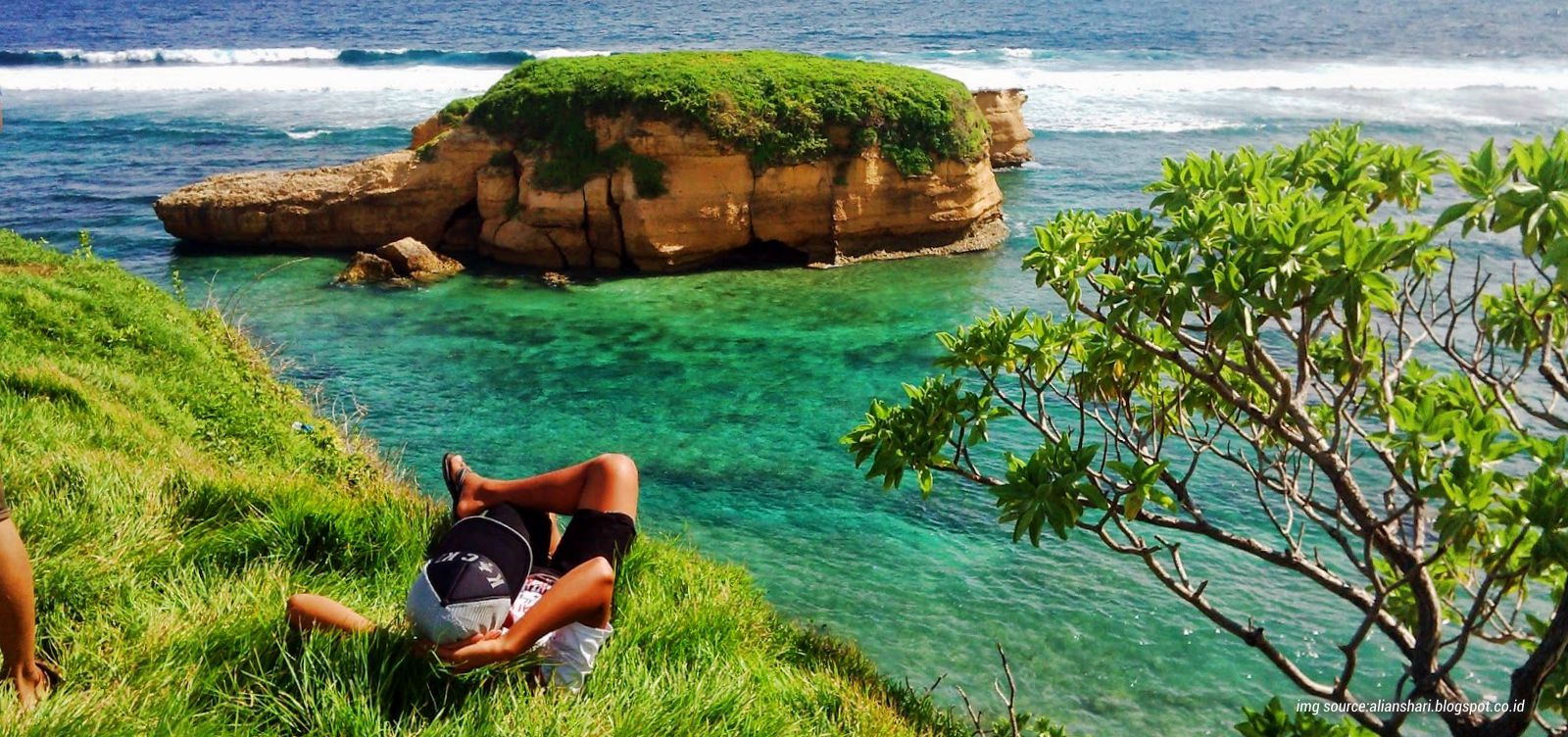 Melihat Kura Bertelur Pantai Blog Tourismwave Kota Singkawang
