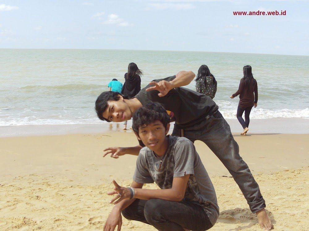 Menjadi Bolang Kota Amoy Singkawang 2 Hari Nge Pantai Kura