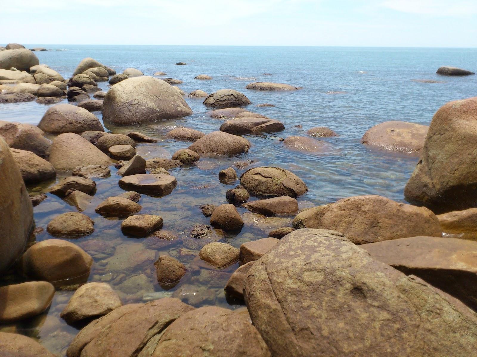 Objek Wisata Pantai Kura Bengkayang Kalimantan Kota Singkawang