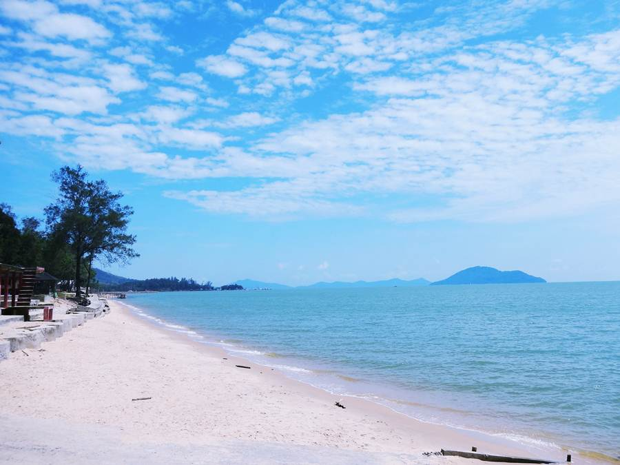 Pantai Pasir Panjang Singkawang Jejak Olipe 2 Kura Kota