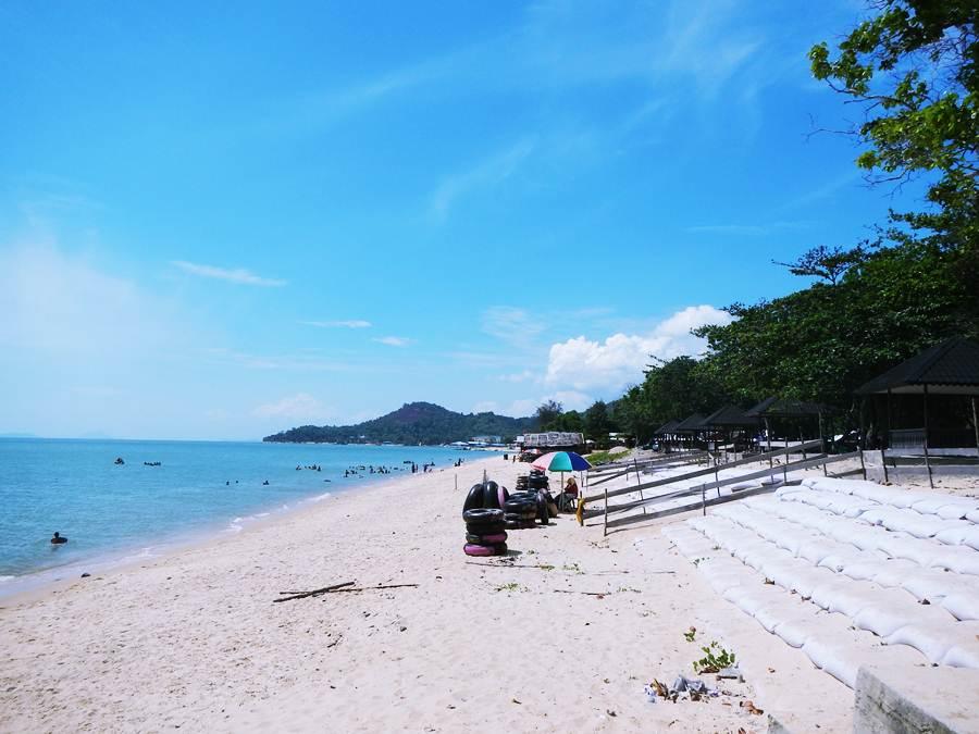 Pantai Pasir Panjang Singkawang Jejak Olipe Kura Kota