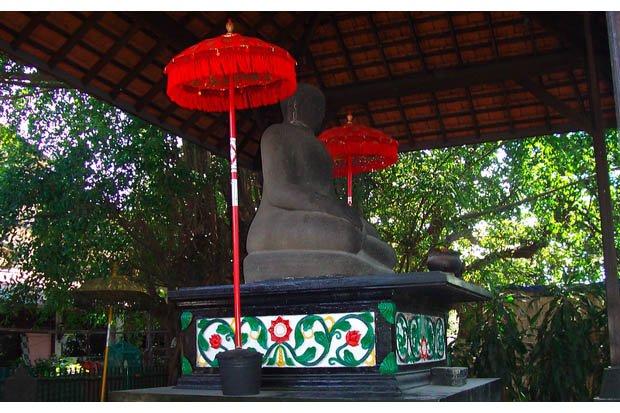 Dolog Arca Monumental Terlupakan Joko Kota Surabaya