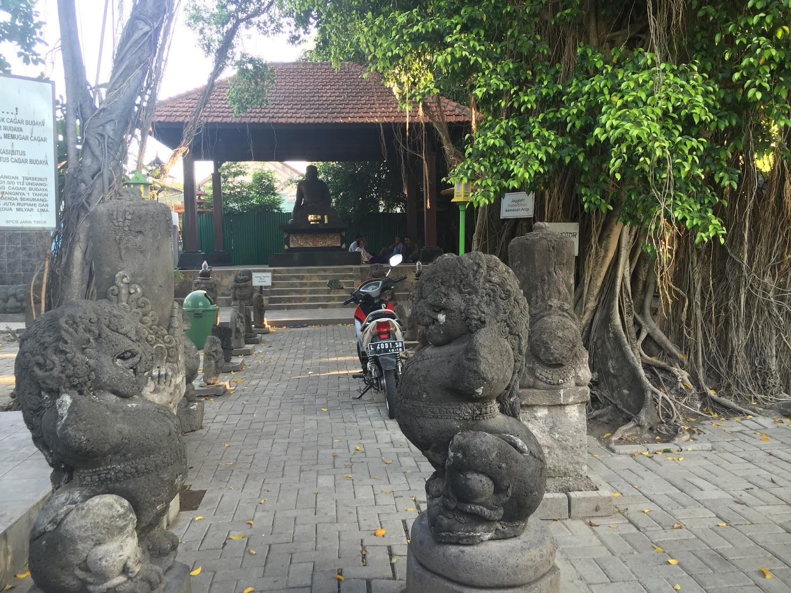 Escape Arca Joko Dolog Kota Surabaya
