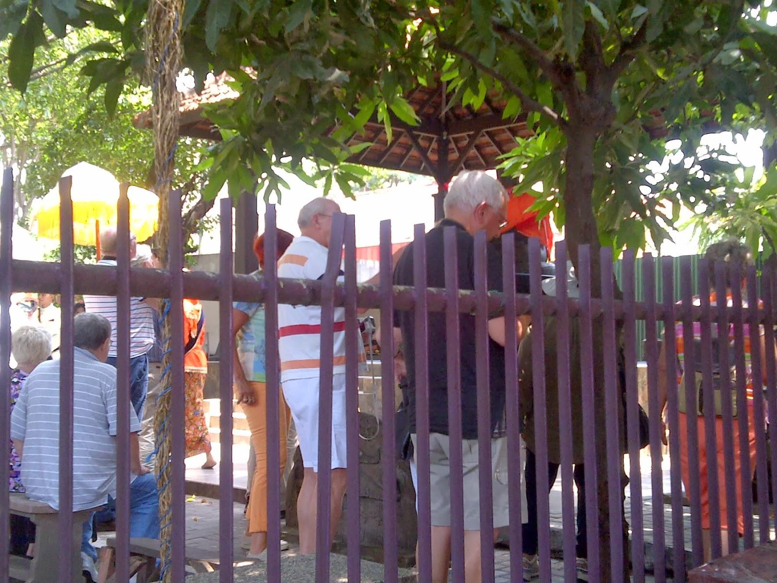 Gonxha Cagar Budaya Tengah Kota Surabaya Turis Berkunjung Arca Joko