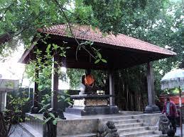 Joko Dolog Sejarah Cerita Legenda Mitos Arca Kota Surabaya