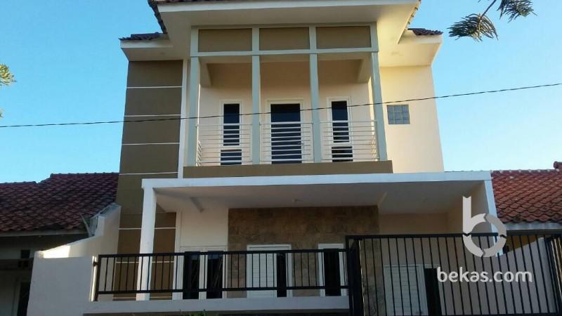 Dijual Rumah 2 Lantai Bukit Palma Citra Raya Surabaya Bekas