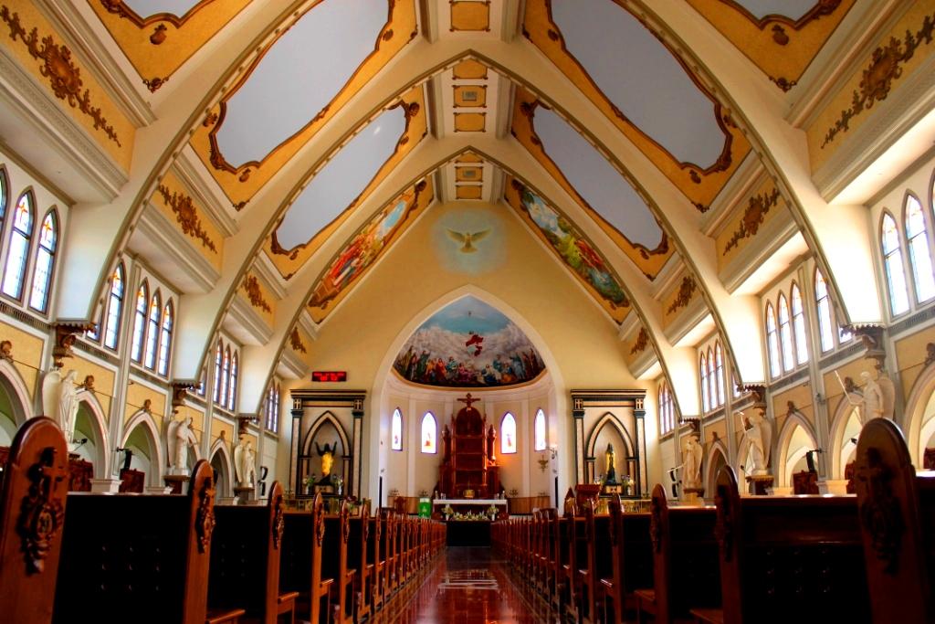 Fotografi Gereja Katolik Indonesia St Yakobus Citra Raya Surabaya Kota
