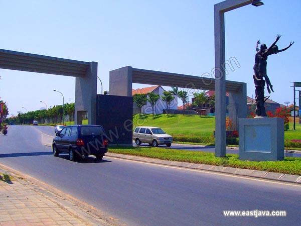 Gate Singapore Surabaya East Java Indonesia Tropical Citra Raya Real