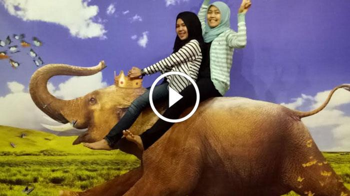 Video Enjoyable Augmented Reality Museum Selfie Surabaya Surya De Mata