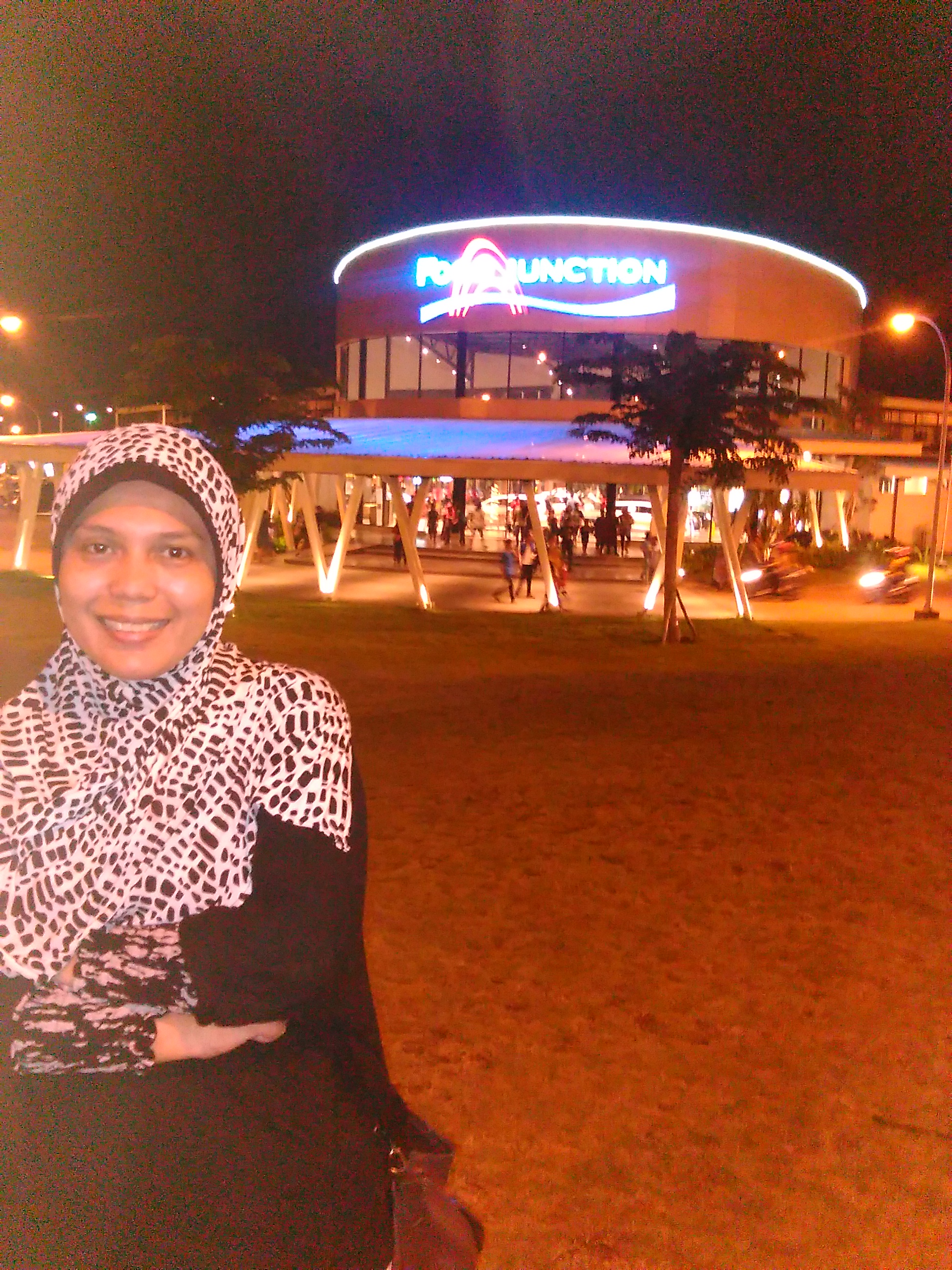 Godaan Food Junction Grand Pakuwon Pesona Wisata Surabaya Kota