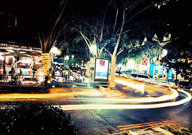 Malam Minggu Surabaya Antara Loop Gwalk 1001wisata 5348845800 7999d30d13 Walk