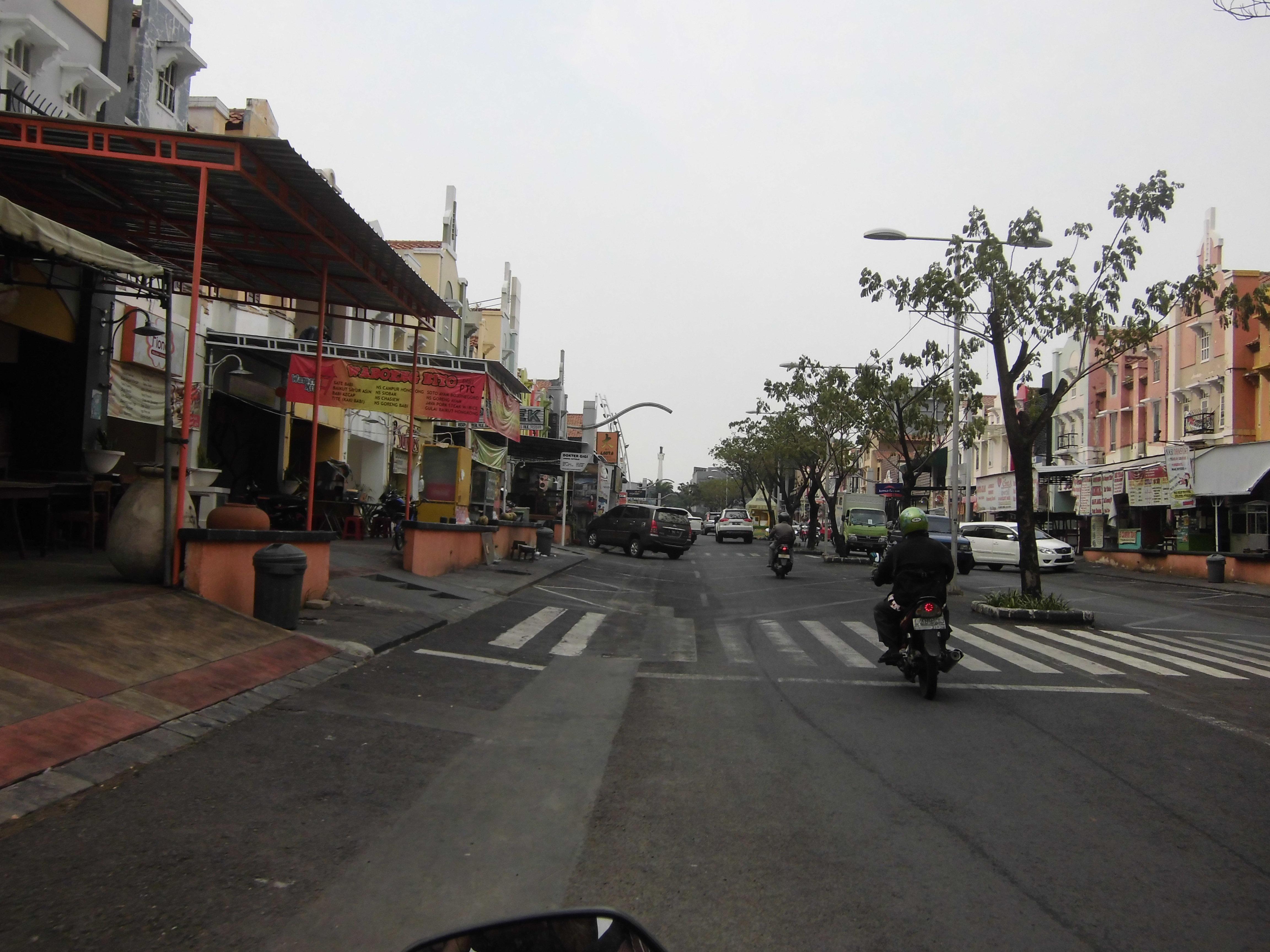 Walk Surabaya Machalulardianto Wordpress Berlokasi Lingkungan Citraraya Menghadirkan Suasana Clean
