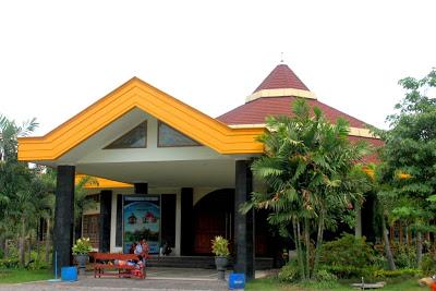 336 0 Jpg Gereja Perawan Maria Tak Berdosa Kota Surabaya