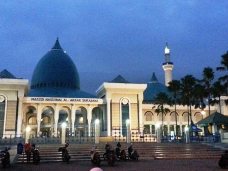 59 Tempat Wisata Surabaya Dikunjungi Gereja Perawan Maria Tak Berdosa