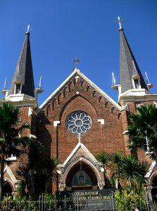 Gereja Katolik Kelahiran Santa Perawan Maria Surabaya Arsitektur Tak Berdosa