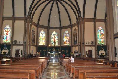 Gereja Katolik Kepanjen Tertua Surabaya Panduan Wisata Gerejakepanjen Surabaya2 Perawan