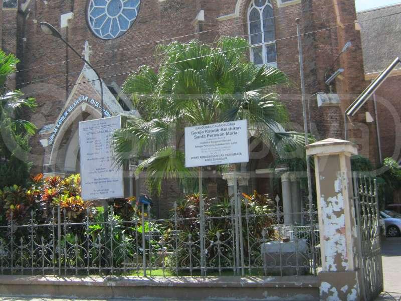 Gereja Katolik Kepanjen Tertua Surabaya Panduan Wisata Gerejakepanjen Surabaya3 Perawan
