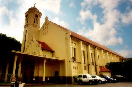 Gereja Katolik Wilayah Surabaya Pusat Hky Perawan Maria Tak Berdosa