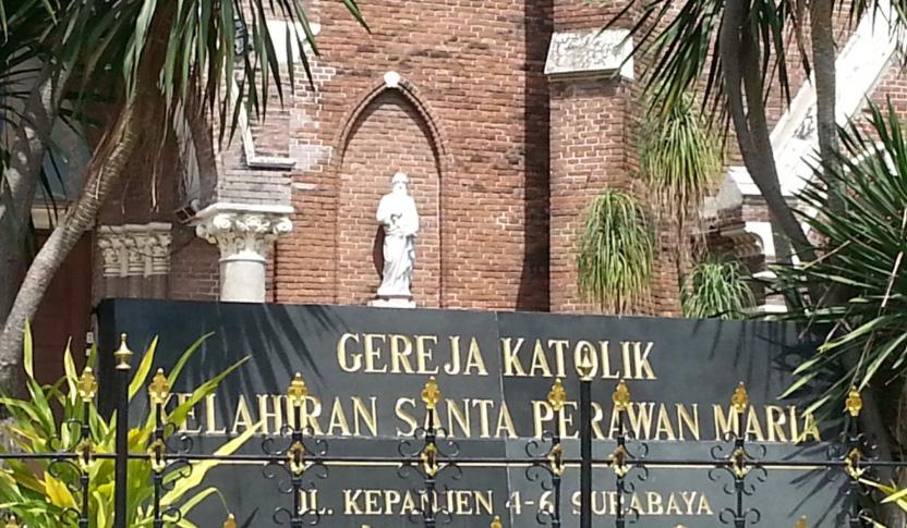 Gereja Perawan Maria Tak Berdosa Surabaya Kota