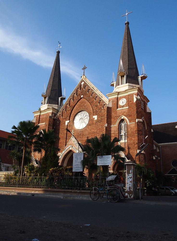 Gereja Perawan Maria Tak Berdosa Surabaya World Holy Places Pinterest