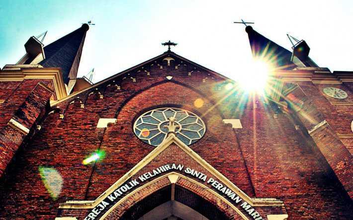 Gereja Tertua Surabaya Miliki Arsitektur Unik Faktualnews Perawan Maria Tak