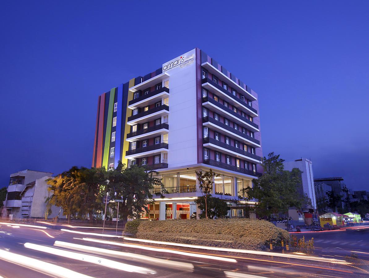 Hotel Amaris Embong Malang Surabaya Indonesia Booking Gereja Perawan Maria