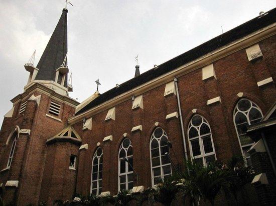 Interior Foto Gereja Santa Perawan Maria Surabaya Tripadvisor Exterior View