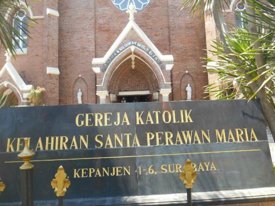 Prasasti Gereja Foto Santa Perawan Maria Surabaya Tak Berdosa Kota