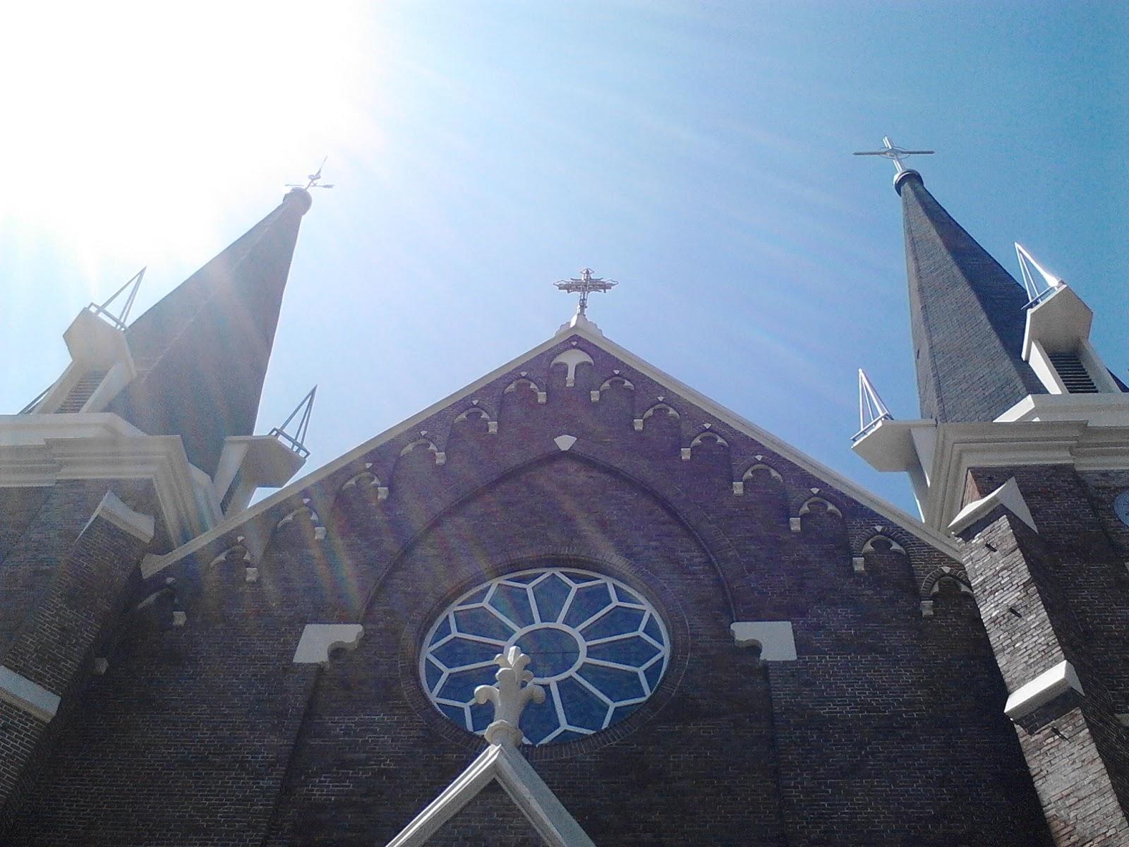 Stefanus Christian Blog Paroki Kelahiran Santa Perawan Maria Surabaya Gereja